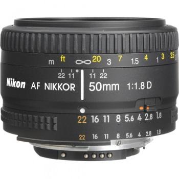 Nikon 50mm f/1.8D AF Nikkor Le