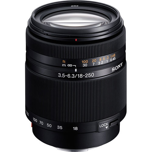 Sony DT 18-250mm f/3.5-6.3 Len