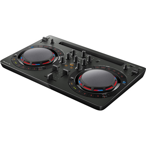 Compact DJ software Controller
