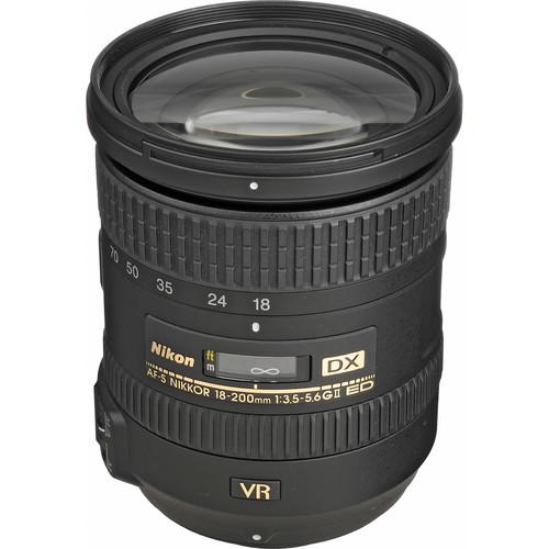 Nikon AF-S DX NIKKOR 18-200mm